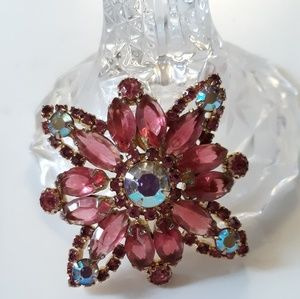 Pink rhinestone AB Star Brooch
